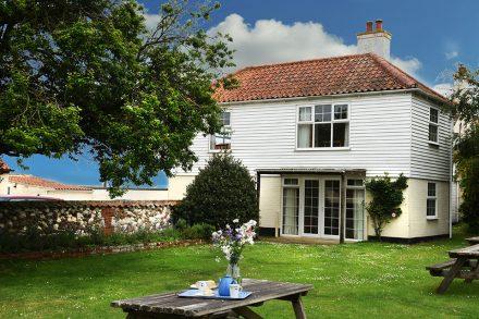 Flagstaff House - West Wing, Burnham Overy Staithe, Norfolk
